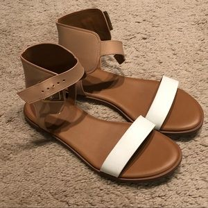 Cole Haan white and tan leather sandals